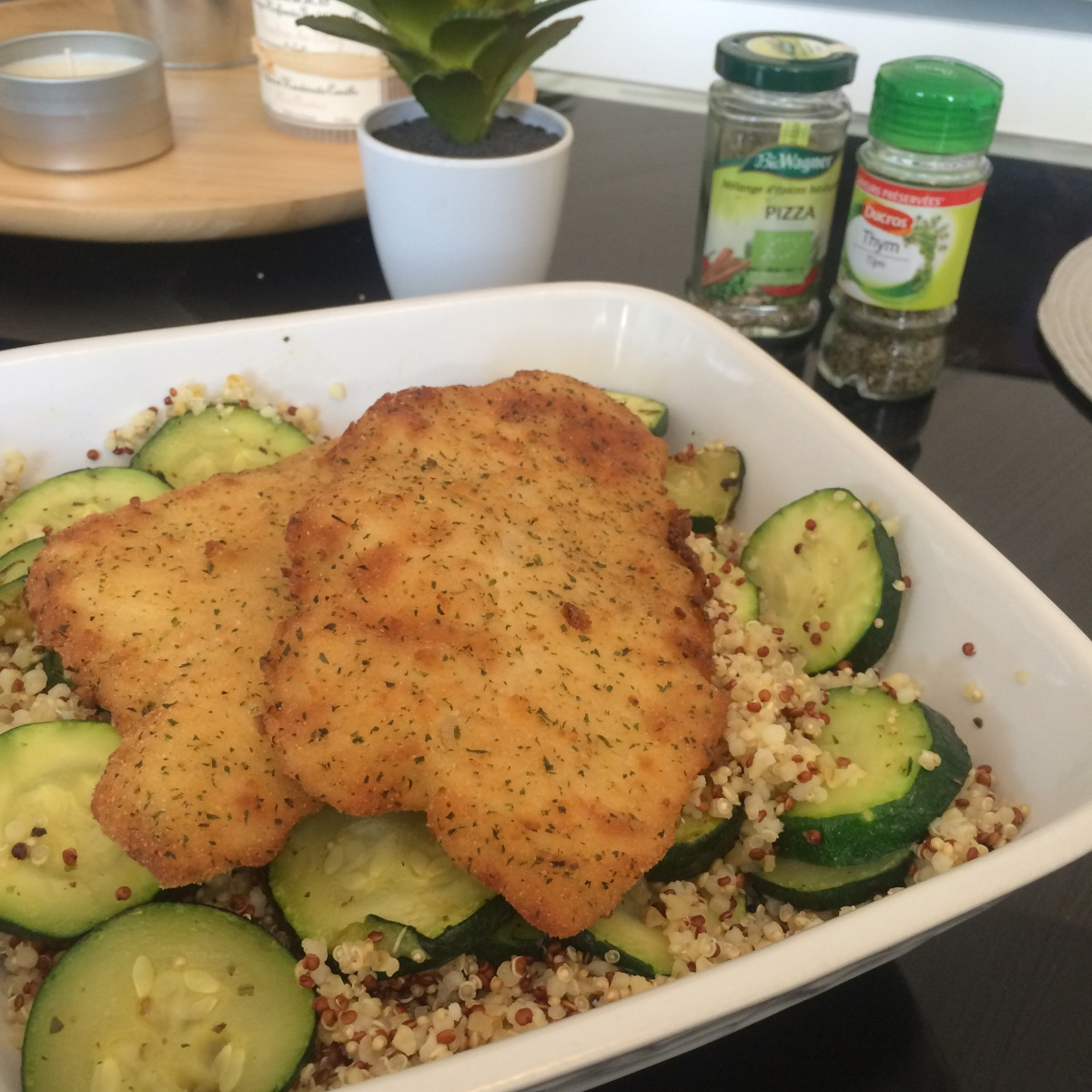 Filets de limande panée & quinoa aux courgettes